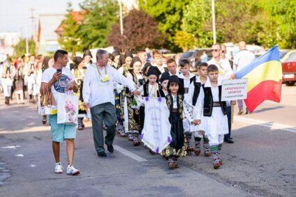 """""""Armenişana"""" reprezintă Caraş-Severinul la Festivalul de la Mioveni"""
