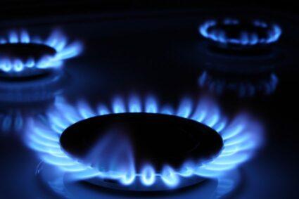 Luni se opreşte gazul pe 23 de străzi din Caransebeș